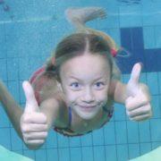 zwemles-met-een-gat-spiegel-express