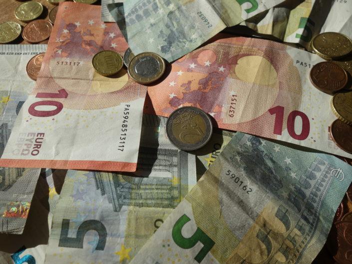 geen-geld-betekent-nog-armoe-spiegel-express